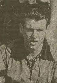 En 1950, il est le meilleur buteur du championnat avec le stade rennais :