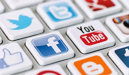 Hangi sosyal medya sitesinde keşfedildi?