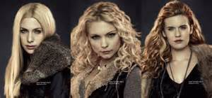 De quel clan font partie Irina, Kate et Tanya ?