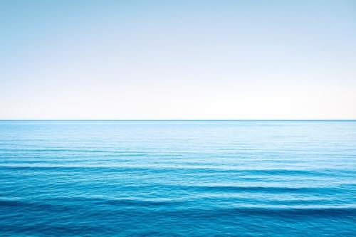Dans quelle étendue d'eau se situent les Îles de Saint-Paul et de la Nouvelle-Amsterdam ?