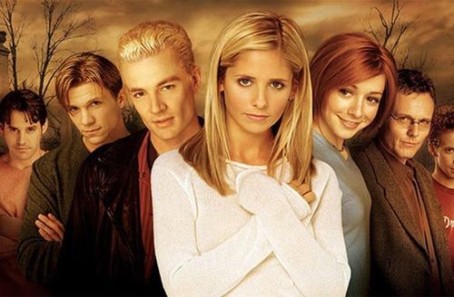 Quelle affirmation est fausse par rapport à la série Buffy contre les vampires ?