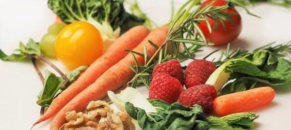 Quelle vitamine faut-il particulièrement surveiller quand on est végétarien ?