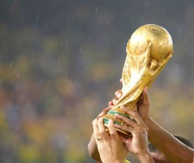 Combien de fois la France a-t-elle été championne du monde de Football au 1er janvier 2020 ?