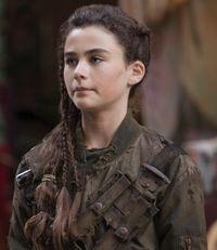 Comment s'appelle la fille de Clarke ?