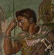 Dans la mythologie grecque, de qui, le demi-dieu Enée, est-il le fils ?
