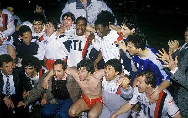 En quelle année le PSG remporte-t-il son premier Championnat de France ?