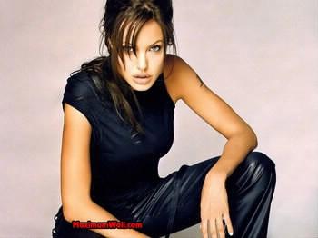 Angelina Jolie joue dans