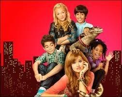 """Combien y a-t-il d'enfants dans la série """"Jessie"""" ?"""