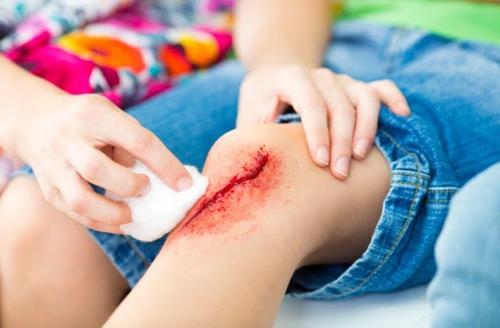 É possível contrair uma infecção com um corte provocado por objetos pontiagudos ?