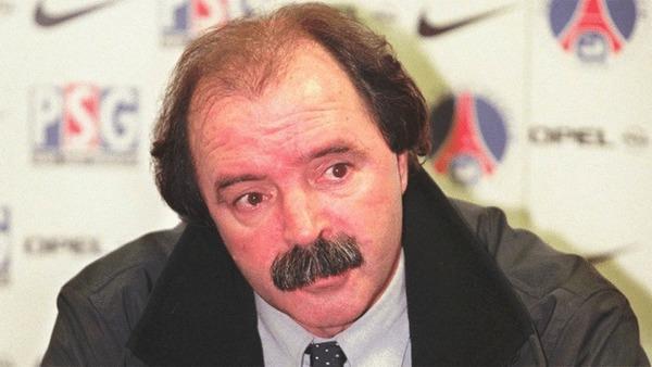 Qui est cet entraîneur parisien des années 90 ?