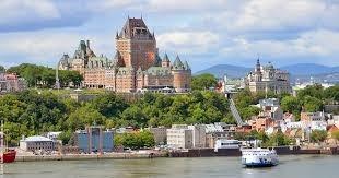 Le 3 juillet 1608, l'explorateur français Samuel de Champlain fonde la ville de :