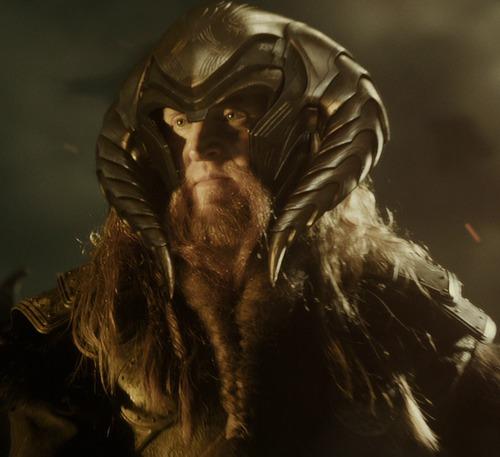 Qui est le père d'Odin ?