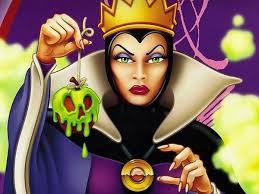 Comment s'appelle la méchante reine dans Blanche-neige ?