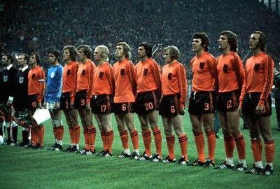 En quelle année les Pays-Bas jouent-ils leur première finale de Coupe du Monde ?