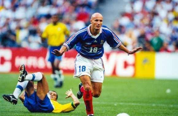 Pour quelle raison Franck Leboeuf est-il titulaire dans cette finale ?