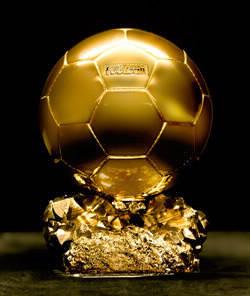 Qui a consécutivement été élu ballon d'or en 1983, 1984 et 1985 ?