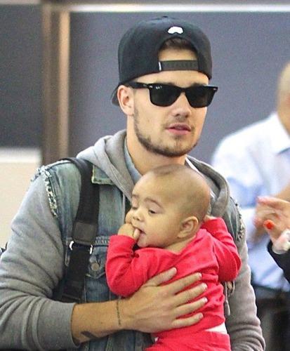 Liam ın bebeğinin adı ne ?