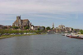 Dans quel fleuve l'Yonne se jette-t-elle ?