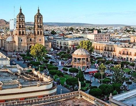 ¿Cómo se llama el centro económico e industrial del estado de Chihuahua que aparece en la imagen?