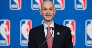 Qui a remplacé à la tête de la NBA David Stern, qui a démissionné en fin janvier 2014 ?