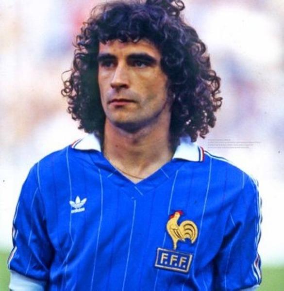 Dominique Rocheteau a disputé 3 Coupes du Mondes consécutives.