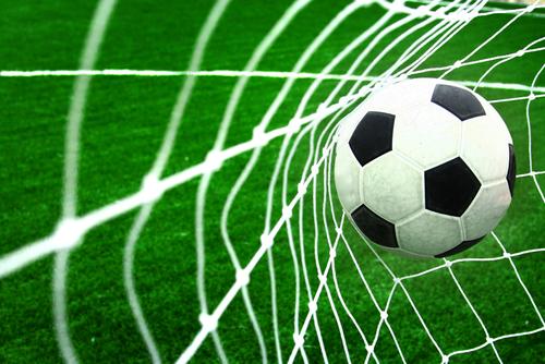 Par quel autre nom, le football est-il nommé aux États-Unis ?