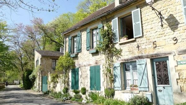 Quel peintre a produit quelques-unes de ses toiles les plus célèbres à Auvers-sur-Oise ?