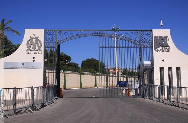 """Aujourd'hui appelé """"Centre d'entraînement Robert-Louis-Dreyfus"""", quel était l'ancien nom du centre d'entraînement de l'OM ?"""