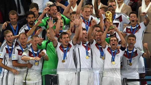 L' Allemagne remporte l'édition 2014 grâce à un but de :