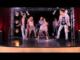 Quelle chanson ont chanté les 8 candidats qui restaient de l'émission Y mix ?