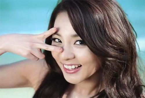 What's the original nationality of Dara ?