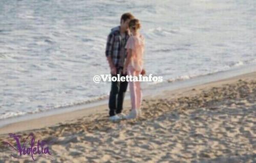 De retour des vacances, Leon et Violetta sont-ils toujours ensemble ?