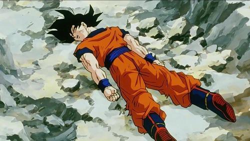 Quem foi o primeiro vilão a derrotar Goku?