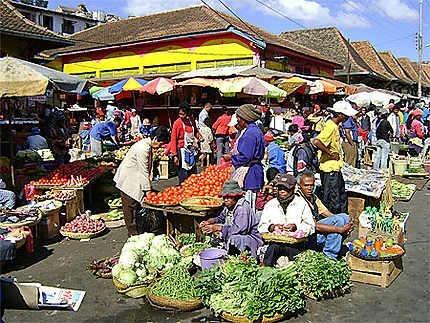 Quelles sont les langues officielles de Madagascar ?