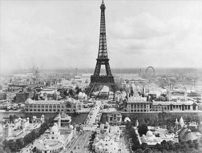 A quelle date a été inaugurée la Tour Eiffel ?