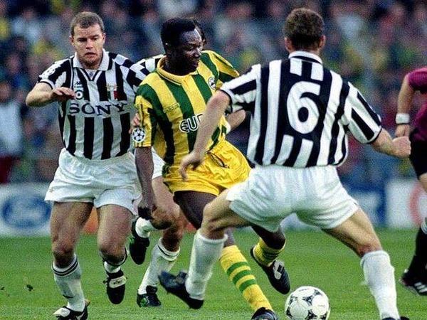 En 1996, à quel stade de la compétition la Juventus élimine-t-elle les nantais de la LDC ?