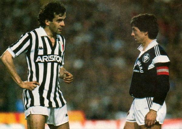 En 1985, à quel stade de la compétition les Girondins sont-ils éliminés par la Juve de la Coupe des clubs champions ?