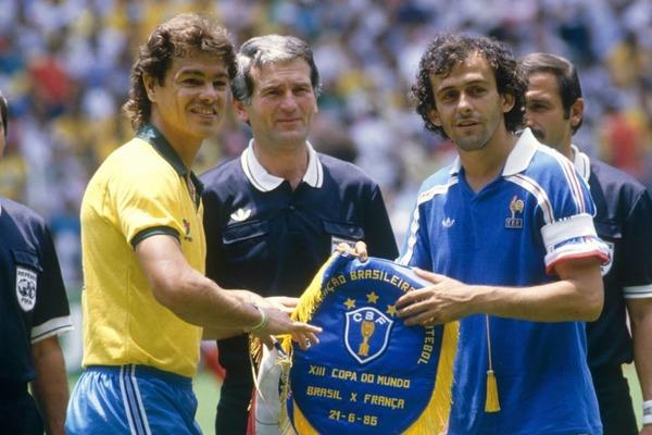 Si Michel Platini est bien entendu le capitaine français, qui est le capitaine brésilien ?