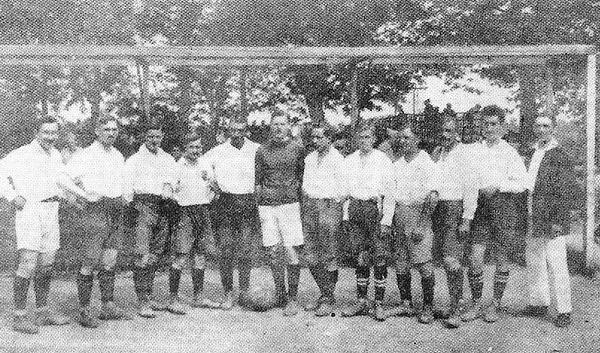 Avant de se faire baptiser « Racing Club de Strasbourg » en 1919, quel était le nom du club ?