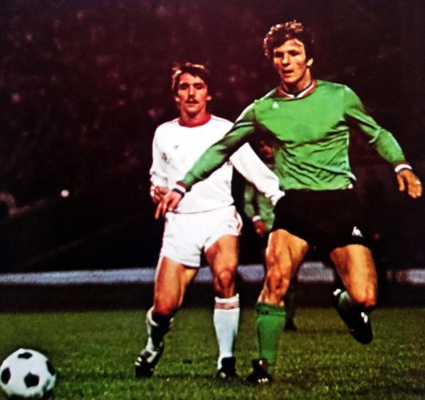 En 1976, l'ASSE est en finale de la Coupe des clubs champions face au Bayern Munich, où le match se déroule-t-il ?