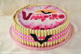 Chica Vampiro a été créé avant ou après Violetta ?