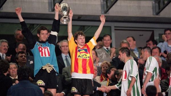 L'année suivante, contre quelle équipe les Canaris remportent-ils leur 3e Coupe de France ?
