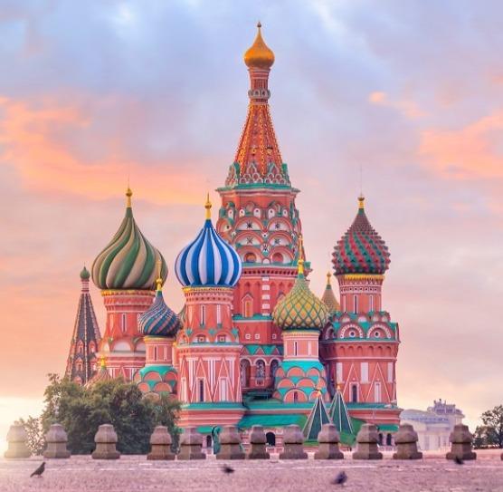 Avec combien de pays voisins la Russie a-t-elle de frontières terrestres ?