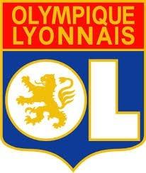 Qui est l'entraineur de l'équipe de Lyon ?