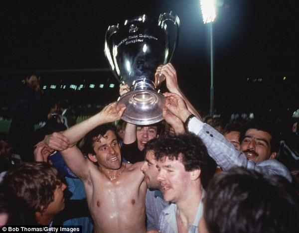 En 85, dans quel stade devenu depuis tristement célèbre va-t-il remporter la LDC avec la Juventus ?