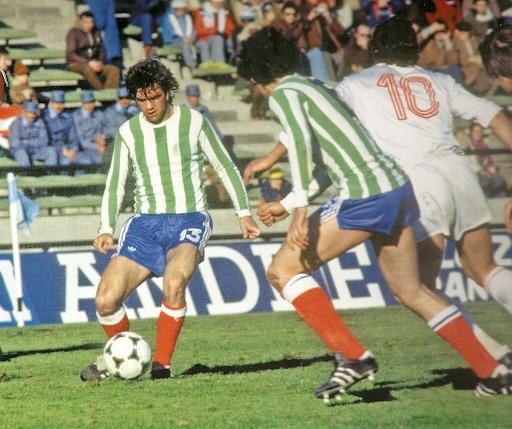 Contre quelle équipe les français ont-ils porté cet inédit maillot vert et blanc lors du Mondial 78 ?
