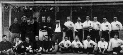 En quelle année a été créée l'équipe de France de football ?