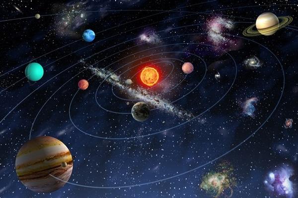 Okolo čeho obíhají planety sluneční soustavy?