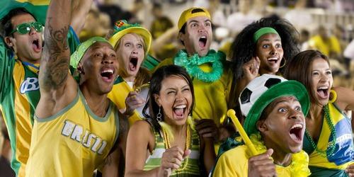 É chamado de ________ o conjunto de pessoas que falam a mesma língua, possuem costumes e interesses semelhantes, história e tradições comuns.