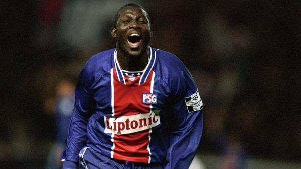 Qui est cet attaquant mythique du PSG des années 90 ?